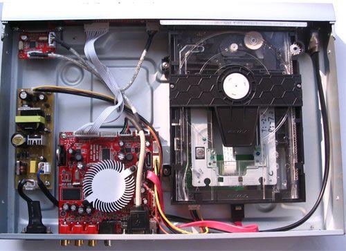 """有利散热,内置开关电源输出5v供主板,读卡器,usb与光驱,当播放dvd或""""u"""