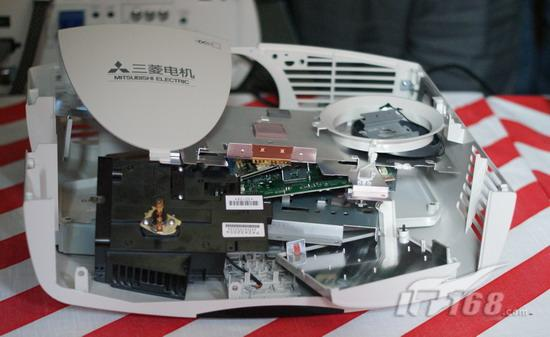 gw-6800工程投影机使用的色轮传感器被安装在接近全封闭的旋转轴马达